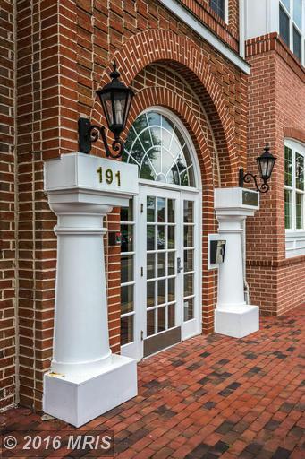 191 Somervelle St #211, Alexandria, VA 22304