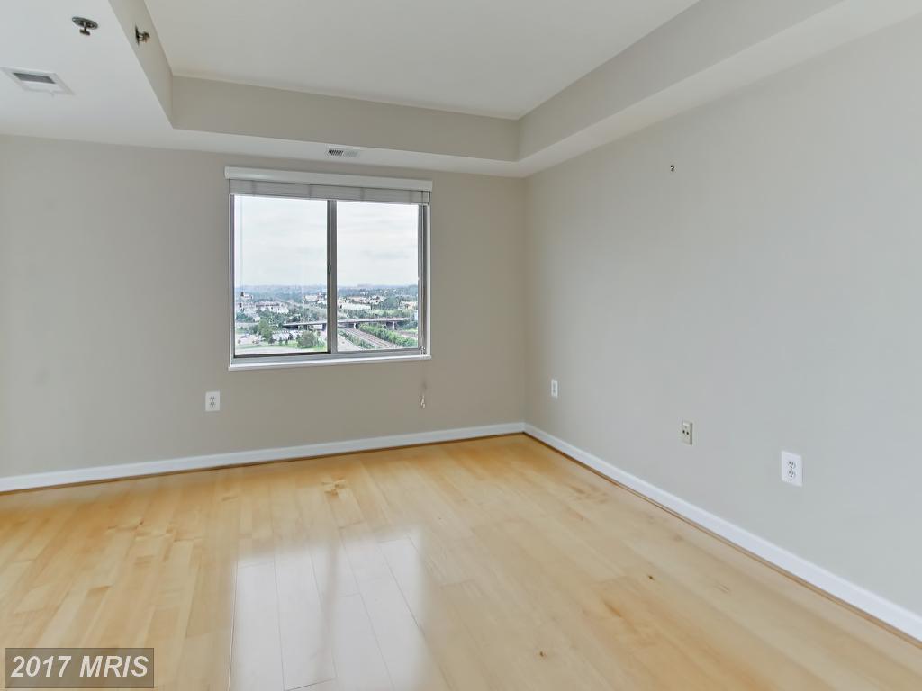 high-rise condos at 2181 Jamieson Ave #1801, Alexandria 22314