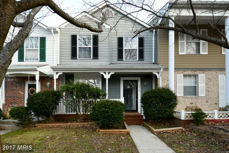 townhouses at 4210 Gunston Ct, Woodbridge 22193