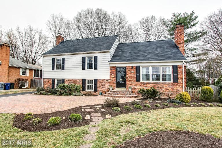 houses at 8419 Fort Hunt Rd, Alexandria 22308