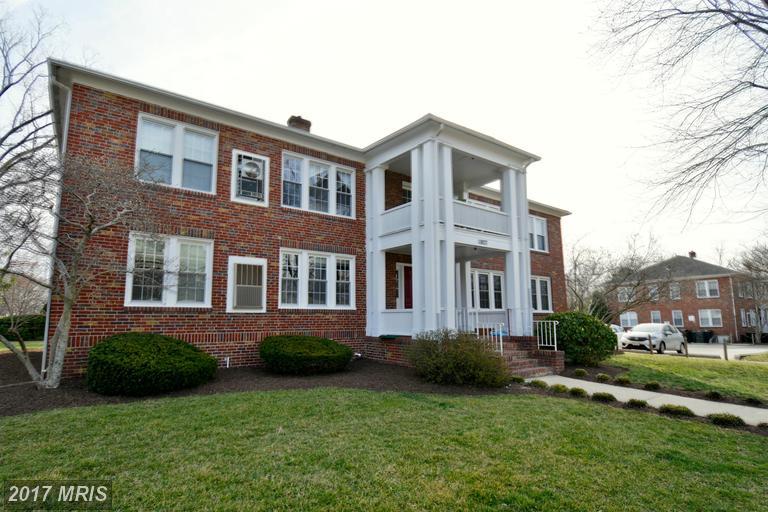 garden-style condos at 1807 Dewitt Ave #G, Alexandria 22301