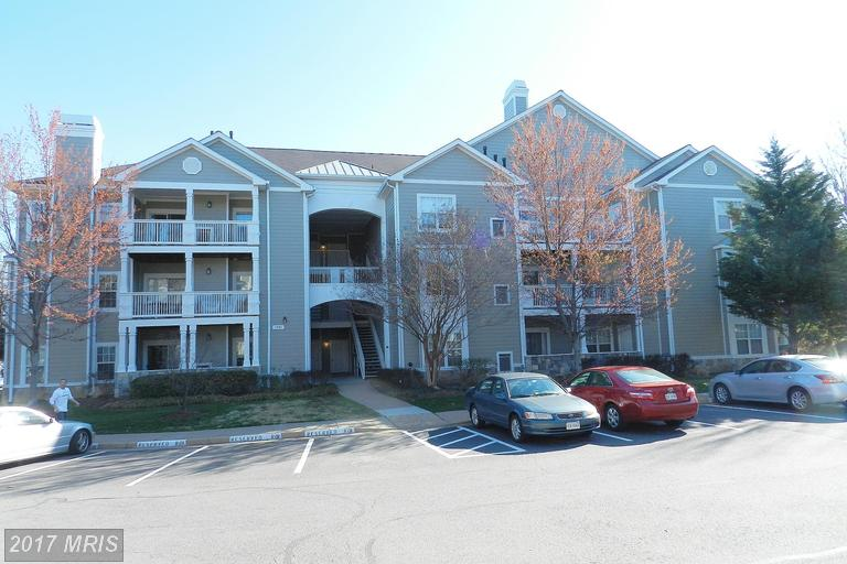 1701 Lake Shore Crest Dr #22