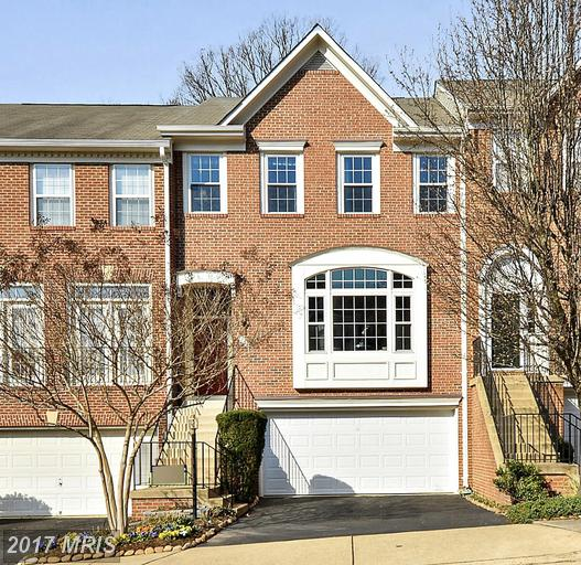 5756 Governors Pond Cir, Alexandria, VA 22310