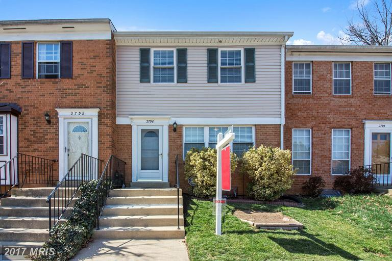 2796 Middlecoff Pl, Falls Church, VA 22043