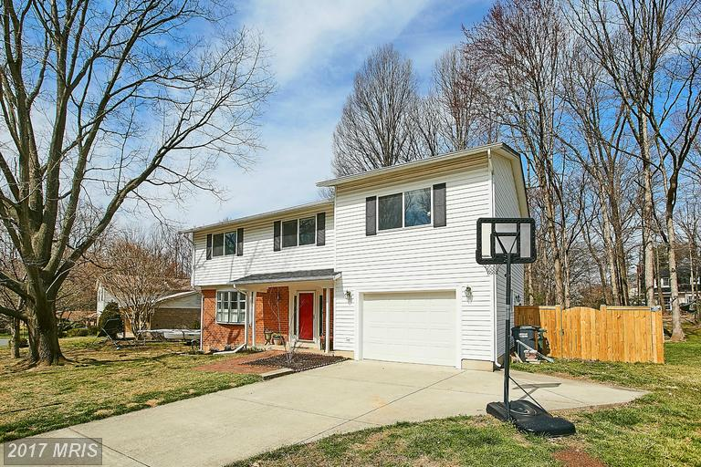 10196 Wavell Rd, Fairfax, VA 22032