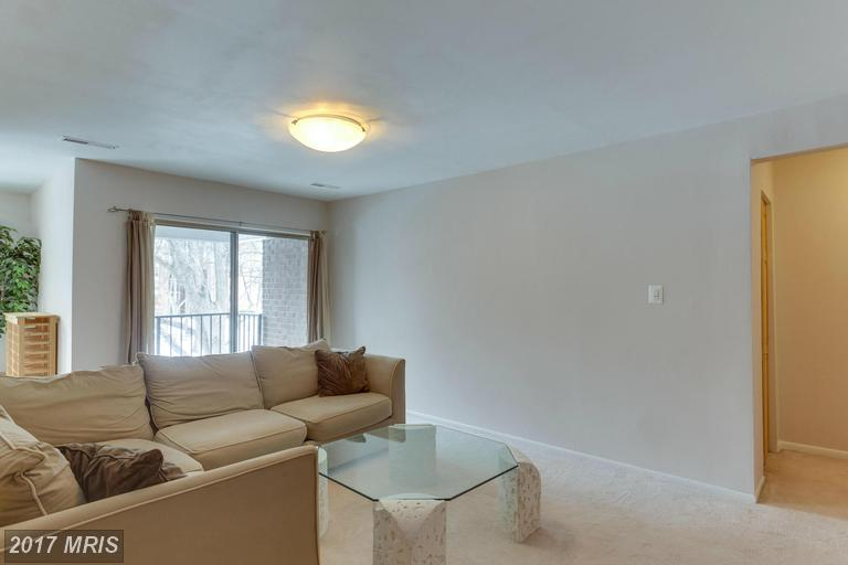 garden-style condos at 3332 Woodburn Village Dr #32, Annandale 22003