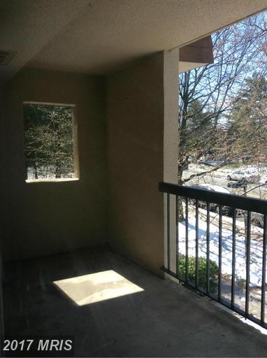 garden-style condos at 7950 Seven Woods Dr #D, Alexandria 22309