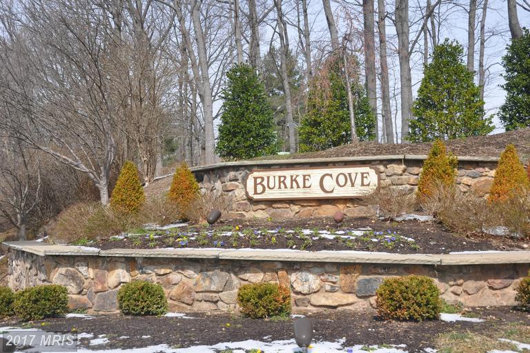 5831 Cove Landing Rd #204, Burke, VA 22015