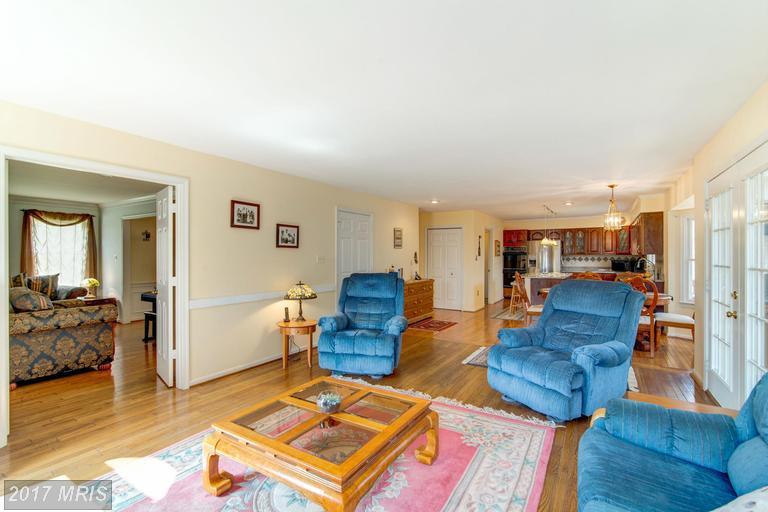 houses at 9025 Scott St, Springfield 22153