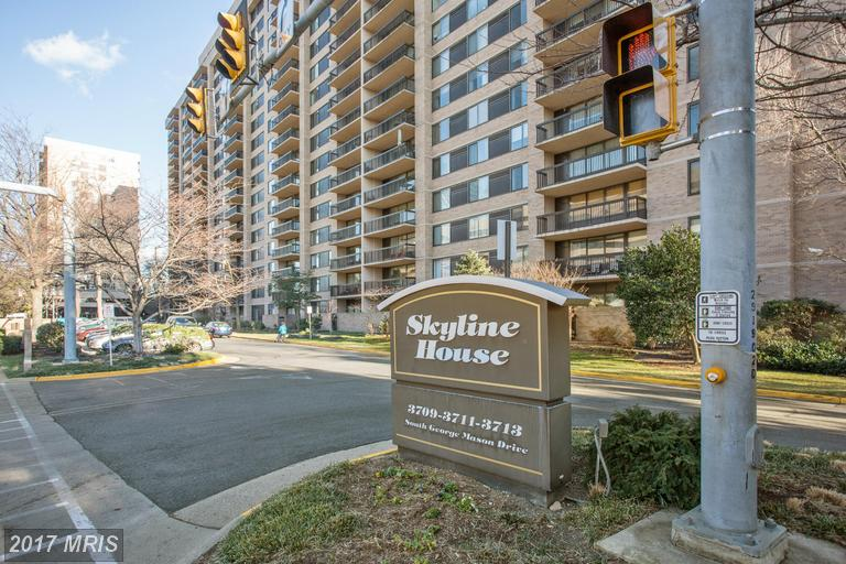 3713 George Mason Dr S #104, Falls Church, VA 22041
