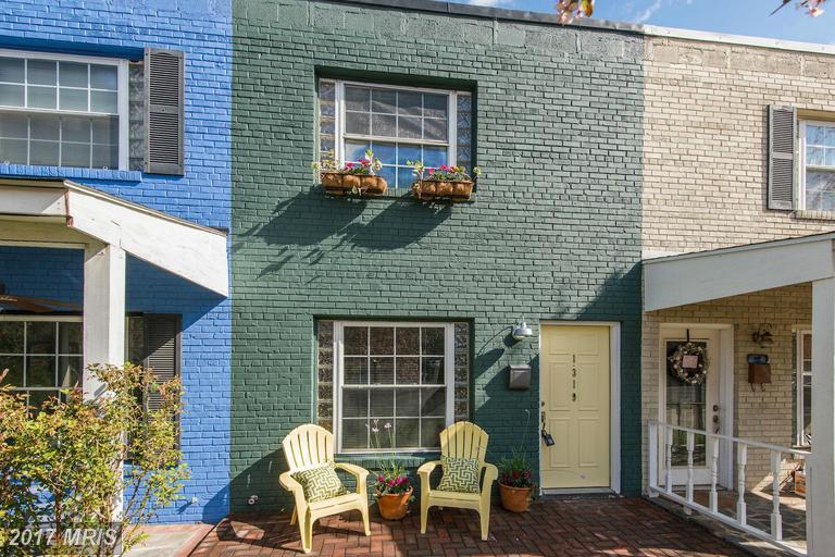 1319 Pendleton St, Alexandria, VA 22314