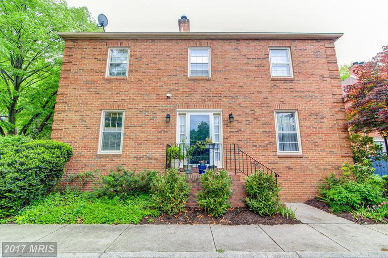 457 Old Town Ct