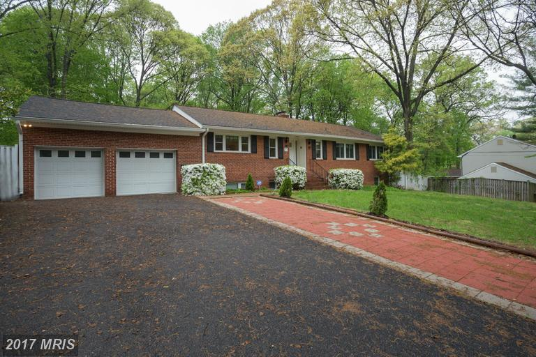 Very Nice Expanded Rambler Style Home At Little Run
