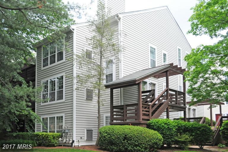 10125 Oakton Terrace Rd #10125, Oakton, VA 22124