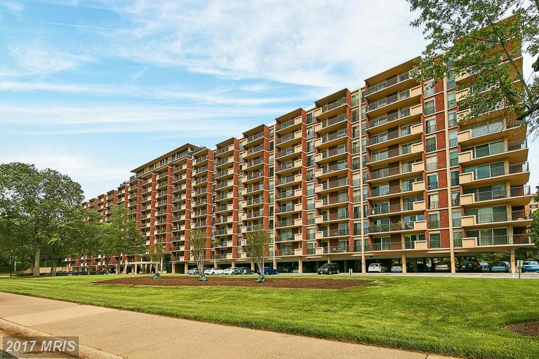 high-rise condos at 1300 Army Navy Dr #408, Arlington 22202