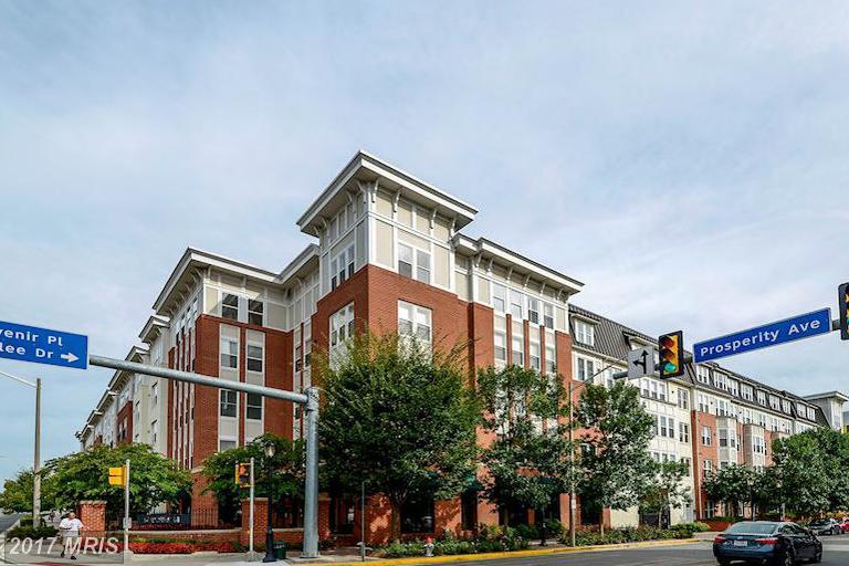 2655 Prosperity Ave #307, Fairfax, VA 22031