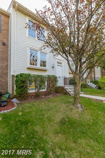 3930 Plum Run Ct, Fairfax, VA 22033