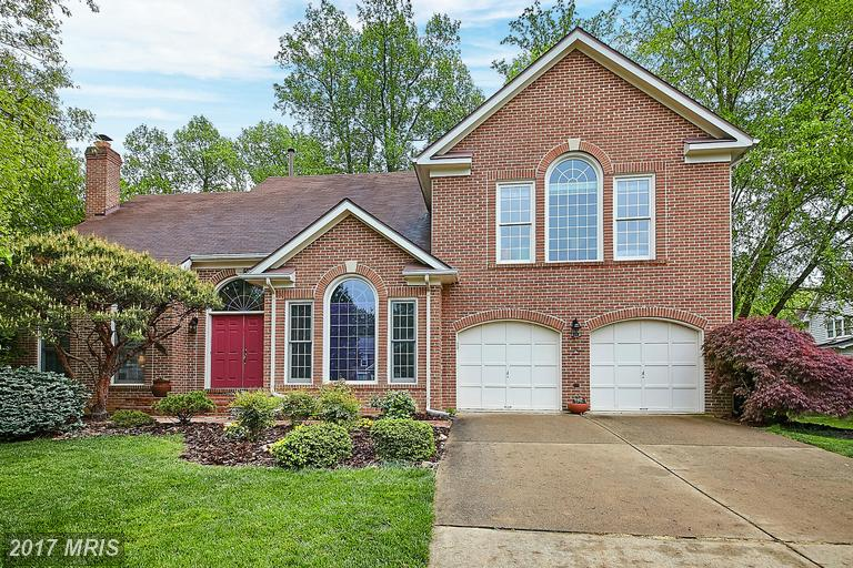 5407 Heatherford Ct, Fairfax, VA 22030