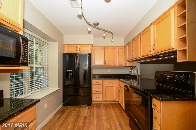 townhouses at 9408 Packard Way, Burke 22015