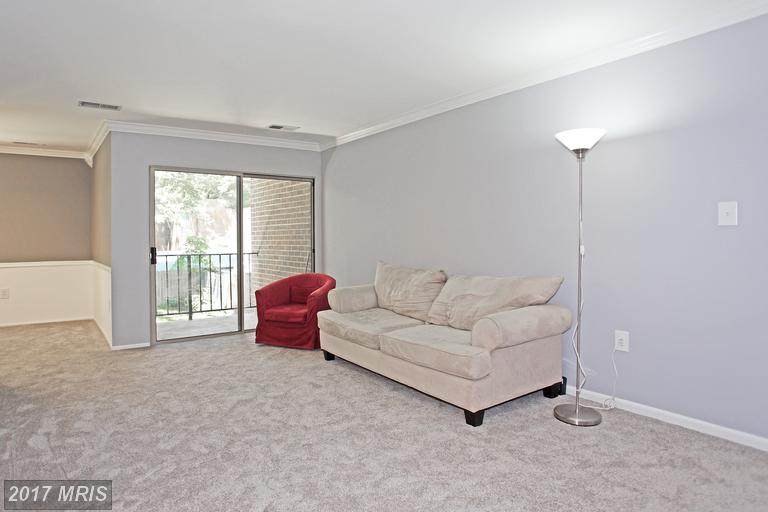 garden-style condos at 3358 Woodburn Rd #24, Annandale 22003
