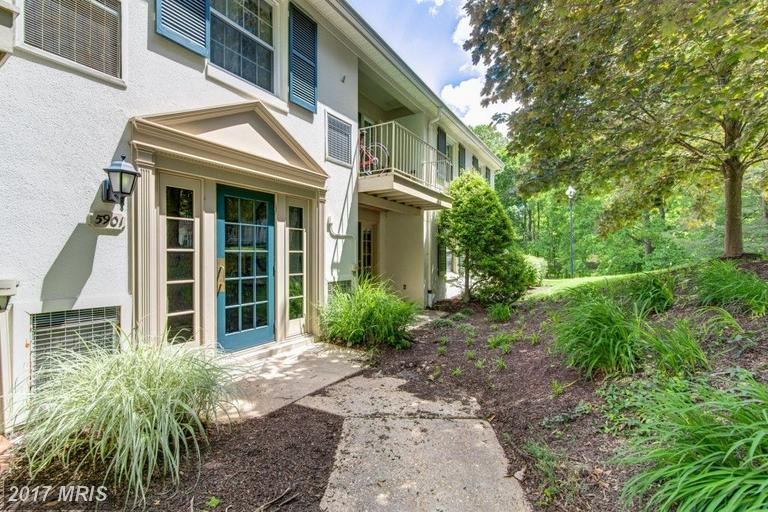 garden-style condos at 5901 Prince George Dr #K, Springfield 22152