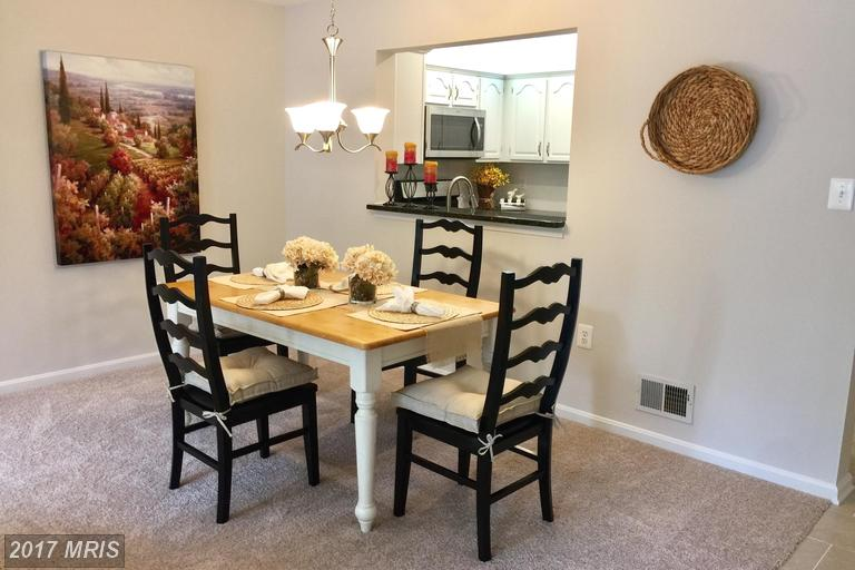 back-to-back townhouses at 11797 Rockaway Ln #43, Fairfax 22030