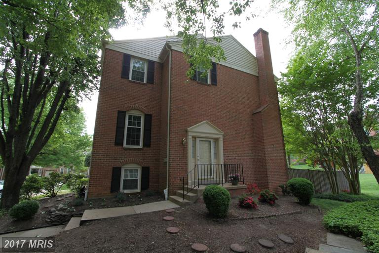 Photo of 10431 Carriagepark Ct