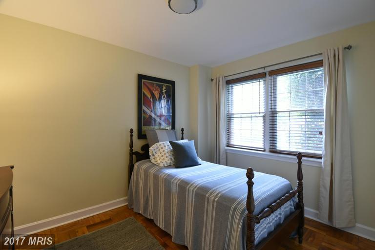 garden-style condos at 6514 Potomac Ave #A2, Alexandria 22307