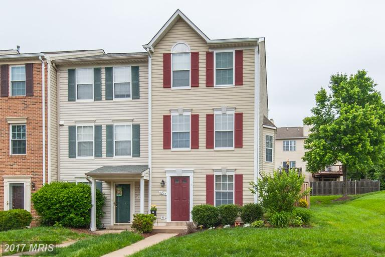 6853 Chasewood Cir, Centreville, VA 20121