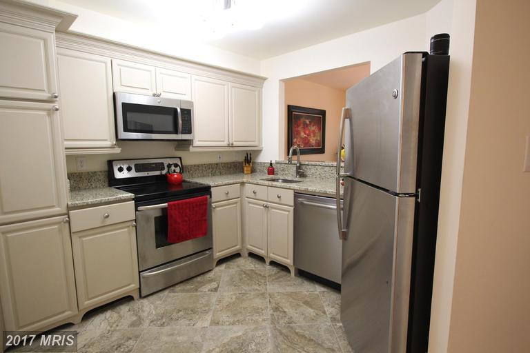 townhouses at 10223 Faire Commons Ct, Burke 22015