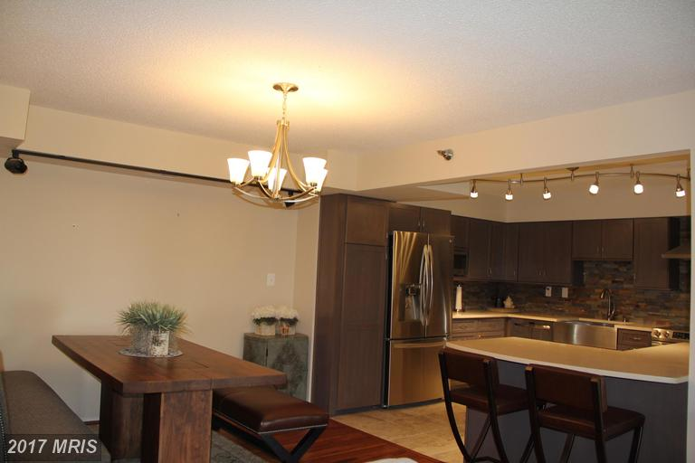 high-rise condos at 1808 Old Meadow Rd #908, McLean 22102