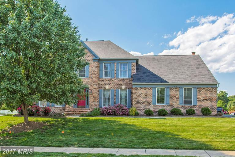 6208 Secret Hollow Ln, Centreville, VA 20120