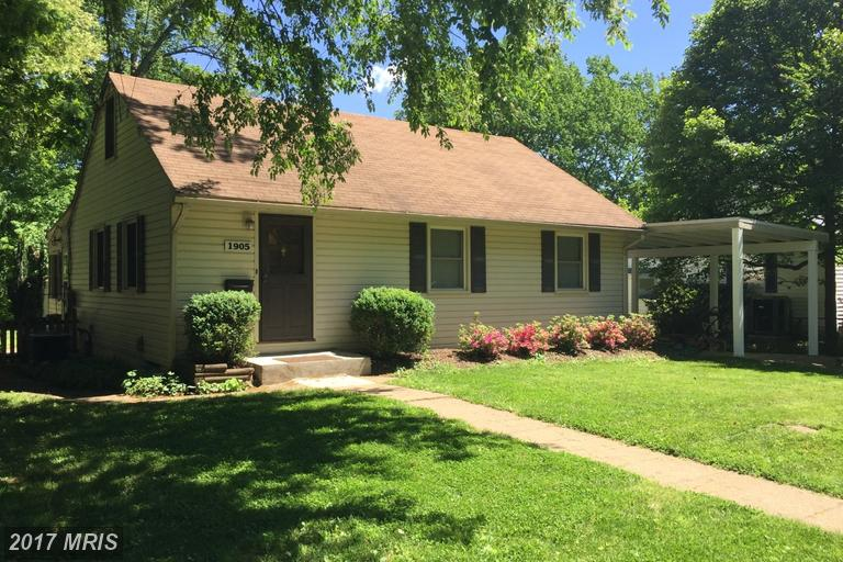 1905 Griffith Rd, Falls Church, VA 22043