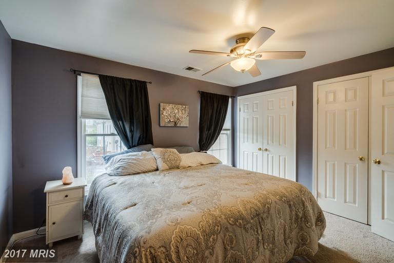 townhouses at 7836 Gum Springs Village Dr, Alexandria 22306