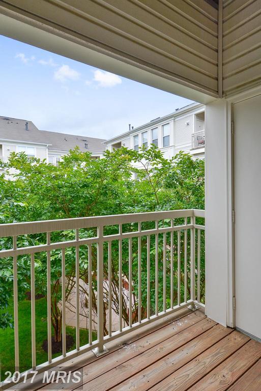 garden-style condos at 9490 Virginia Center Blvd #338, Vienna 22181