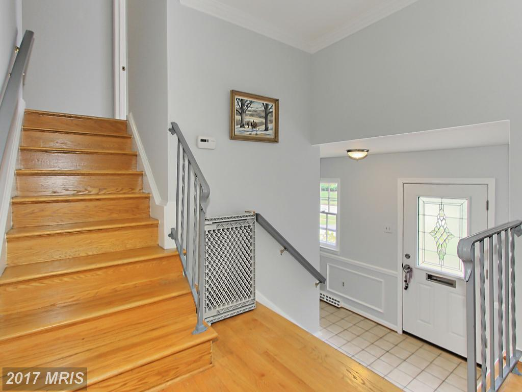3704 Merlin Way, Annandale, VA 22003