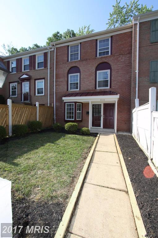 townhouses at 4318 Birchlake Ct, Alexandria 22309