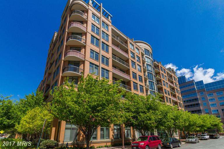 3625 10th St N #305, Arlington, VA 22201