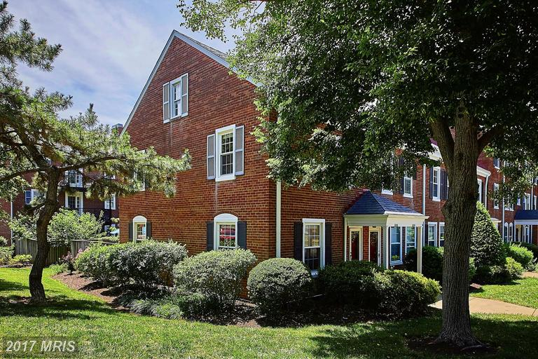 Check Out This Townhouse For Sale In Arlington thumbnail