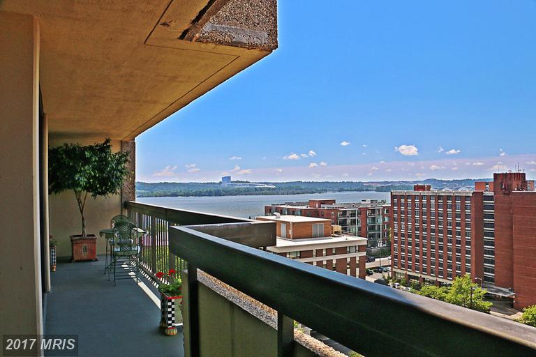 Newly Listed at Alexandria House In 22314 - $725,000 thumbnail