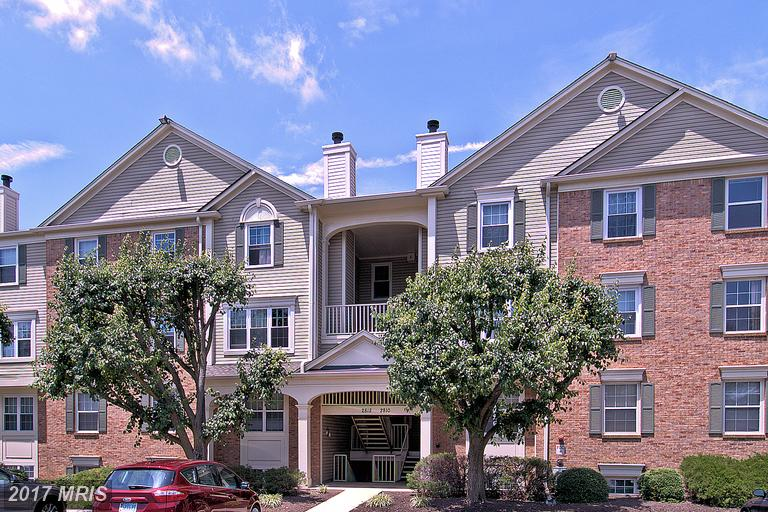2812 Emma Lee St #301, Falls Church, VA 22042
