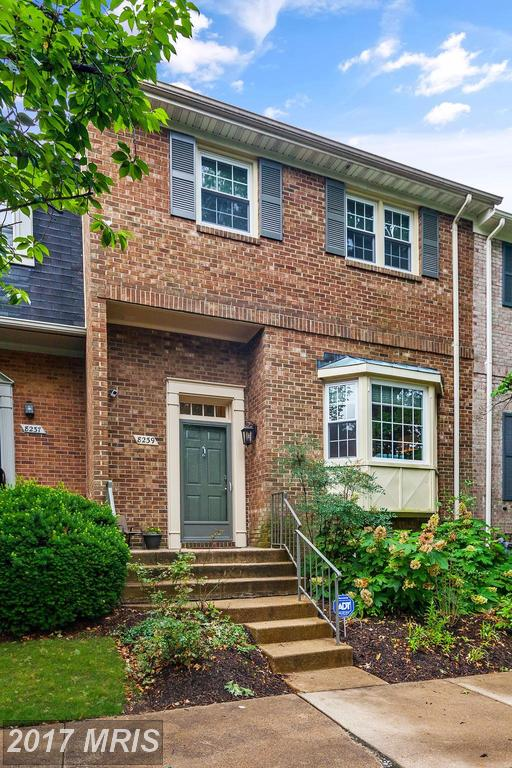 Stuart Nesbitt Of Nesbitt Realty Is An Expert On Townhouses In Fairfax County And Can Save You Money On Your Next Purchase. thumbnail