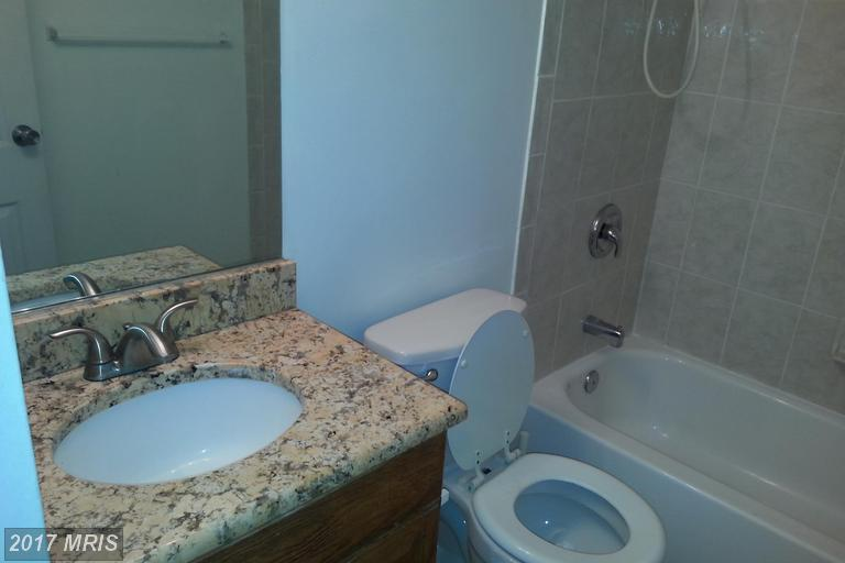 5851 Quantrell Ave #T9, Alexandria, VA 22312