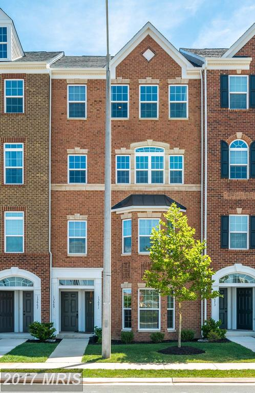 $549,900 For Real Estate At Discovery Square In Herndon thumbnail