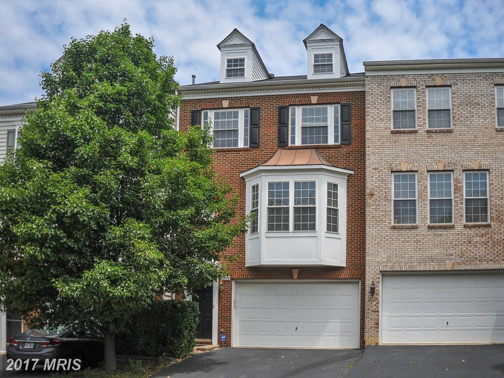 6878 Rolling Creek Way, Alexandria, VA 22315