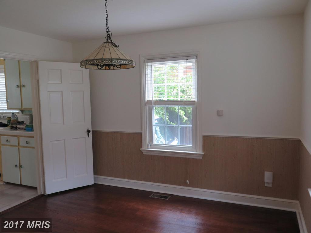 404 E Howell Ave, Alexandria, VA 22301