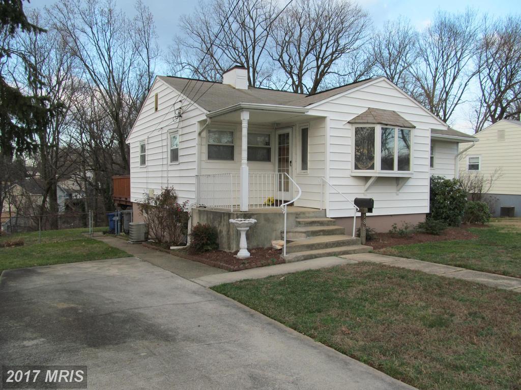 3860 Pinewood Ter, Falls Church, VA 22041
