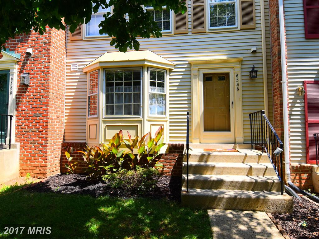 6586 Sand Wedge Ct, Alexandria, VA 22312