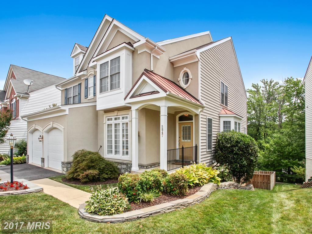 $910,000 In Alexandria At Governors Hill // 5 Beds // 4 Full Baths - 1 Half Baths thumbnail