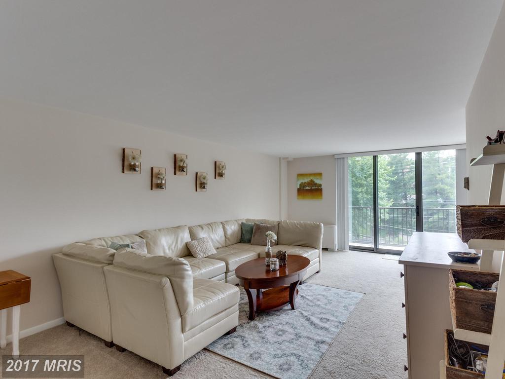 600 Roosevelt Blvd #405